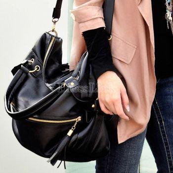 Tassel sac grande capacité sac à main noir des femmes coréennes. 5,63 €