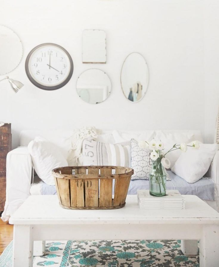 Die besten 25+ Spiegel Wanduhr Ideen auf Pinterest DIY Wanduhren - moderne wanduhren wohnzimmer
