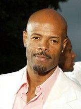 Keenen Ivory Wayans as Davarius Robinson, the thug & pilot