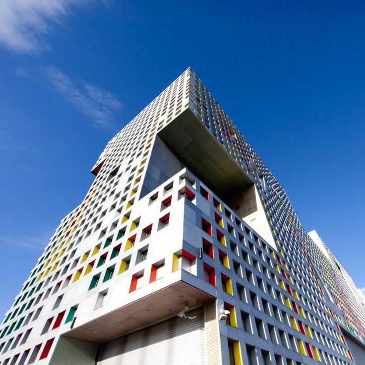 Simmons Hall by Steven Holl – The architecture of MIT: 10 impressive buildings on the tech university's campus