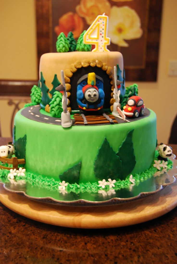 73 Best Thomas Train Cakes Images On Pinterest Train