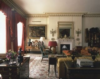 Great Tête à Tête: A Peek Into Clarence House