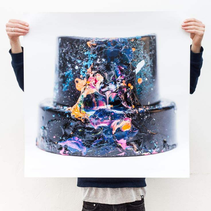 CAPS2 // Limited Edition // 800x800mm Photo Print 2/5 available on whatsart.de free shipping #graffiti #cap #covered #with #spray #paint #sharp #colors #limited #edition #photo #print #medium #format #phaseone #awesome #huge #scale #macro