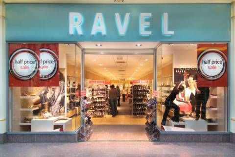 A06RY3 Ravel shop store Trafford centre UK United Kingdom England Europe GB Great Britain EU European Union