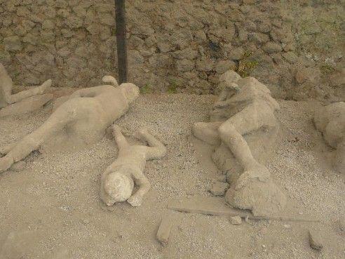 Plaster Cast Pompeii Bodies Lovers