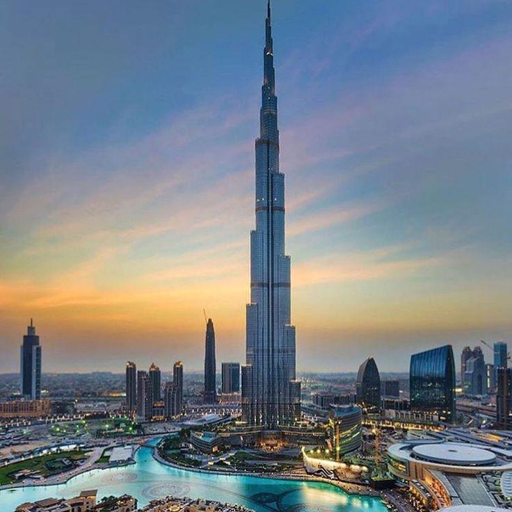 Dubai  #architecture #world #beautifulworld #dubai #zenlifeterritory  Photo @erniemanzano, @adrianredcom, @nancii_88