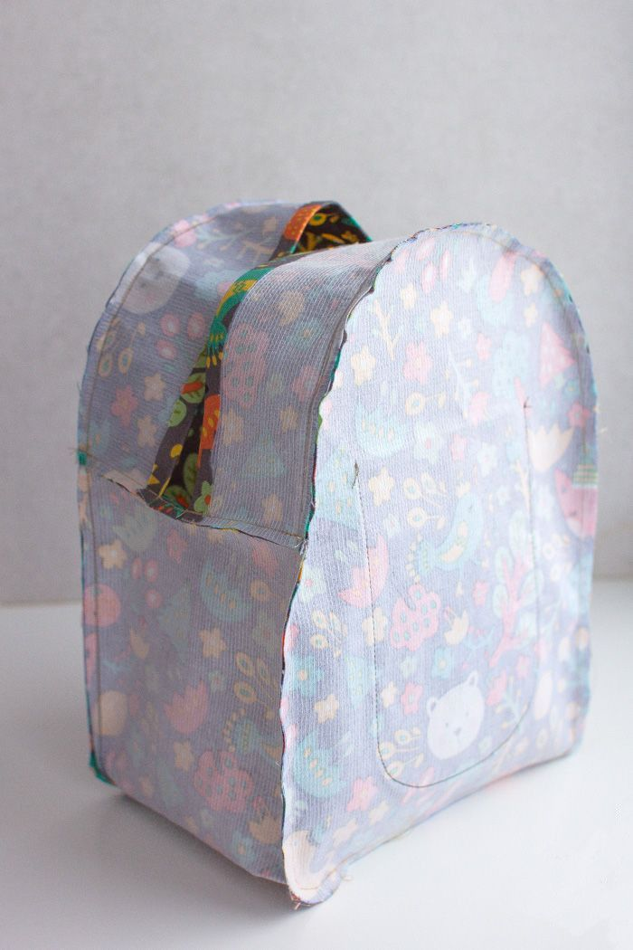 How to make a pretty backpack for girl! Very simple tutorial step to step.                                                                 ...