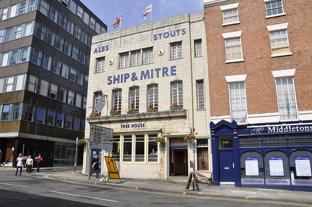 The Ship & Mitre - inc. my seat of learning!