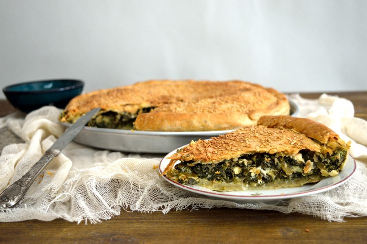SPINACH PIE WITH TRADITIONAL HANDMADE DOUGH