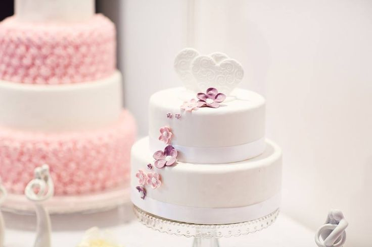 While your wedding cake should be beautiful on the outside, it should be tasty on the inside. Do you know what the top two wedding cake flavors are? Chocolate and Red velvet!  #weddingcake #cake #rosepetalevents  Photo Source: https://pixabay.com/en/wedding-cake-debut-cake-white-cake-1704427/