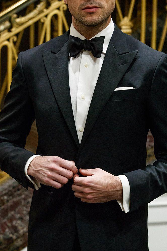 c2341e7bec7e how-to-wear-black-tie-bow-tie-peak-lapel-tuxedo-classic -dress-code-formal-men-outfit