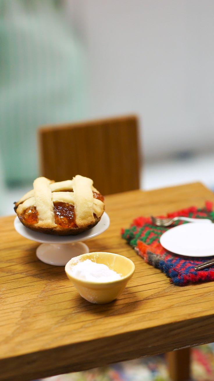 Mini Pastafrola - Food and drinks! Sauce Pizza, Pasta Sauce, Amazing Chocolate Cake Recipe, Best Chocolate Cake, Pizza Recipes, Dessert Recipes, Desserts, Mini Scones, Tiny Cooking