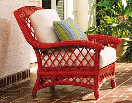 Love this poppy red for repainting my sidewalk wicker find.