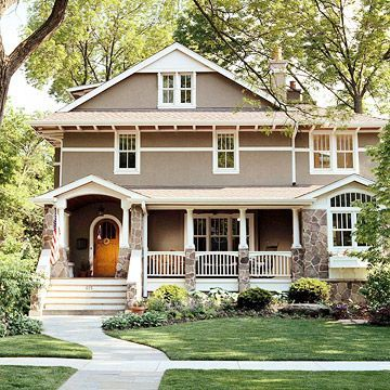 Stucco Siding on a Craftsman Home