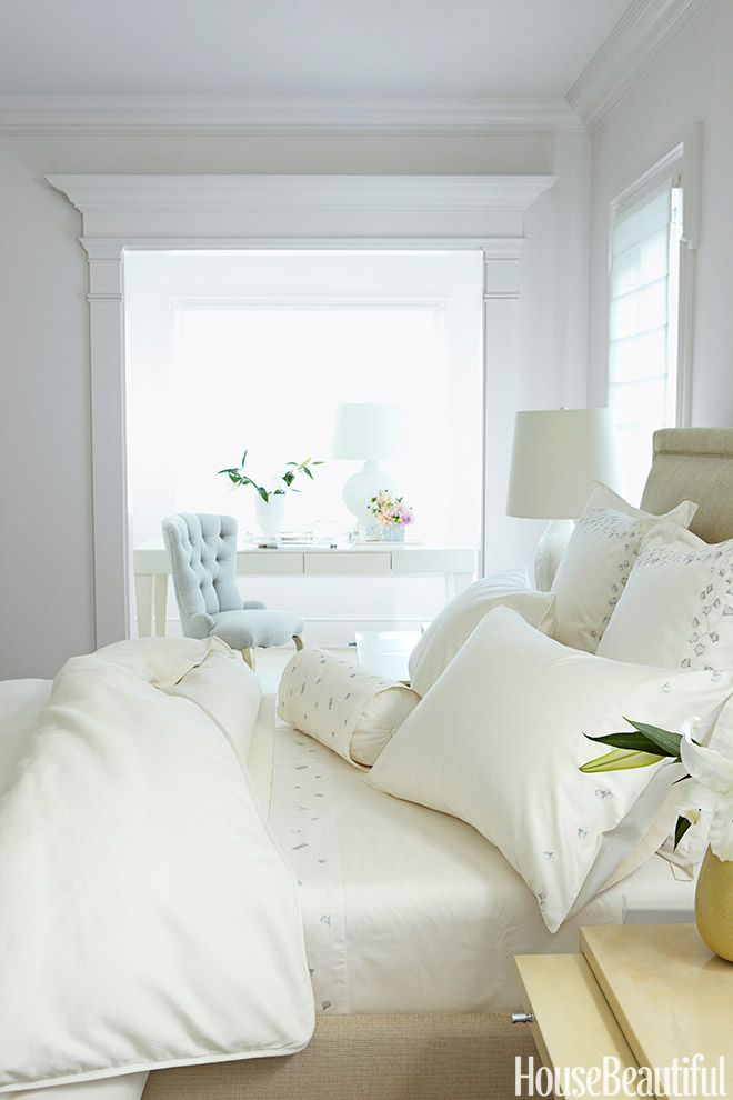17 best images about beautiful interiors barbara barry for Pictures of beautiful guest bedrooms