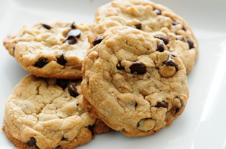 5 Delicious Desserts for Christmas: Chocolate Chip Cookies