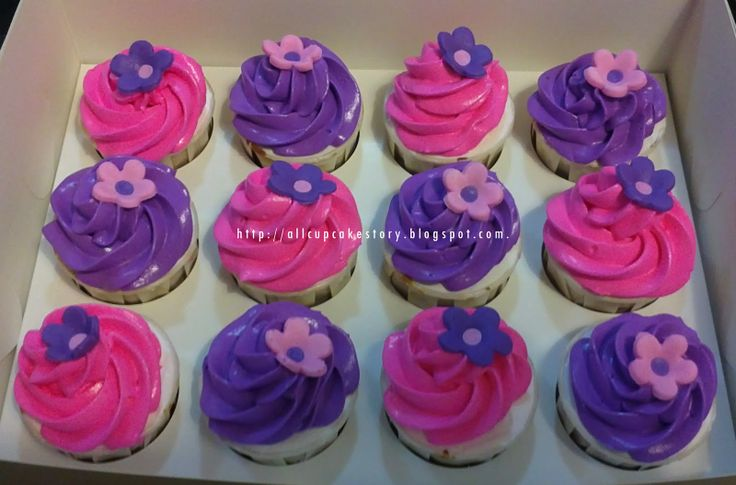Matching Doc McStuffin's cupcakes