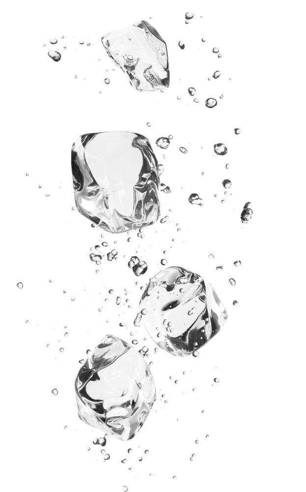水花喷溅与冰块