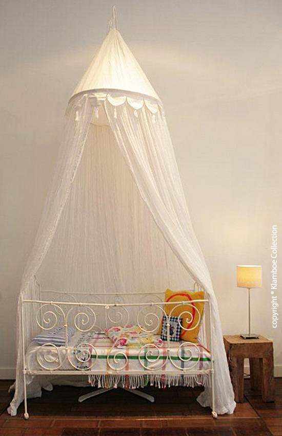 This Kids Cotton Mosquito Net can be attached to the ceiling on a single point above the bed and is suitable for baby and childrenu0027s beds. & 39 best klamboe collection nets images on Pinterest | Mosquito net ...