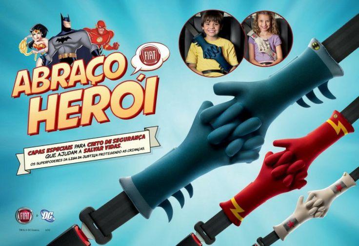 """Um """"abraço herói"""" para incentivar o uso do cinto de segurança"""