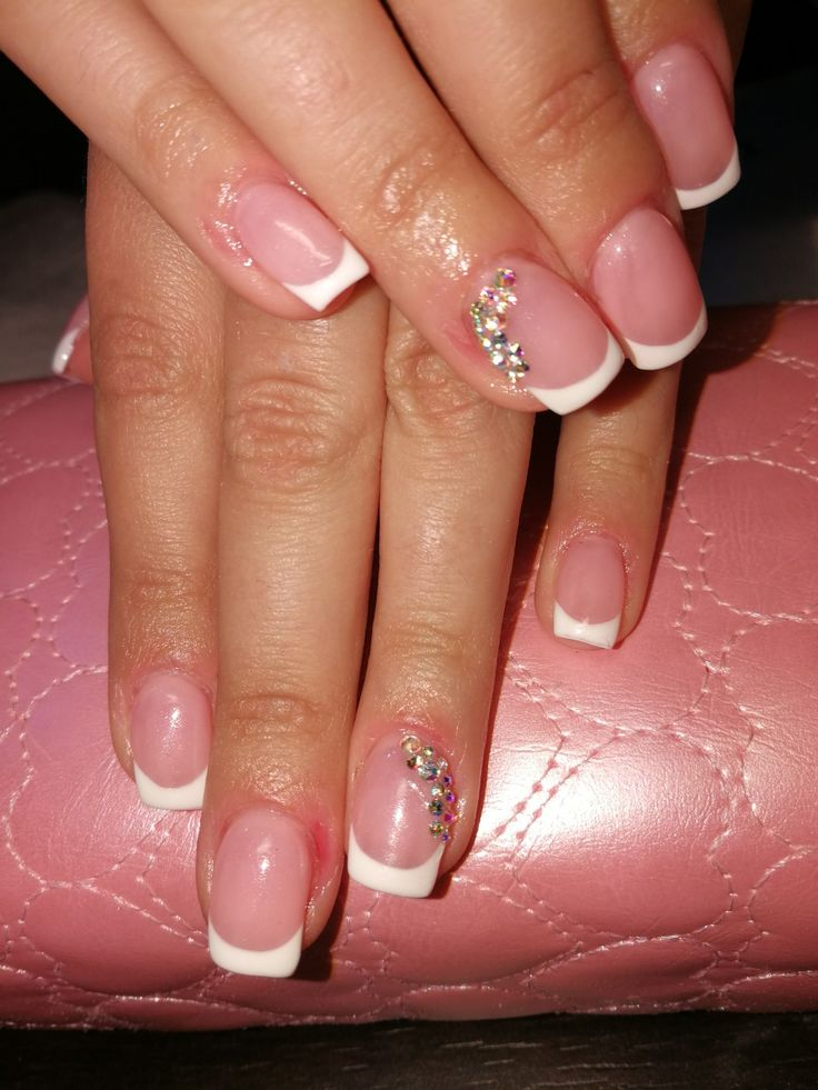 #francia #nails #swarovski