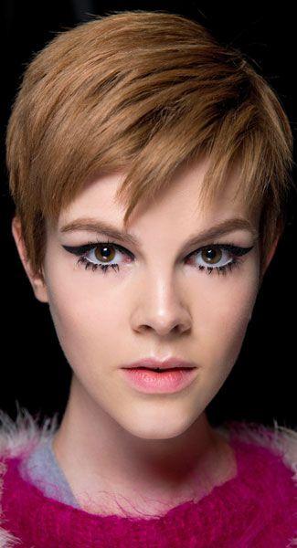 17 best images about cut color on pinterest short pixie pixie hairstyles and short hairstyles - Coupe degradee courte femme ...