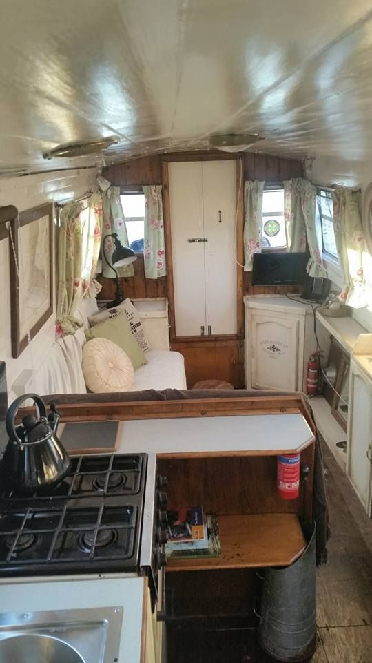 Narrowboat Refurbishment This Is A Light And Welcoming