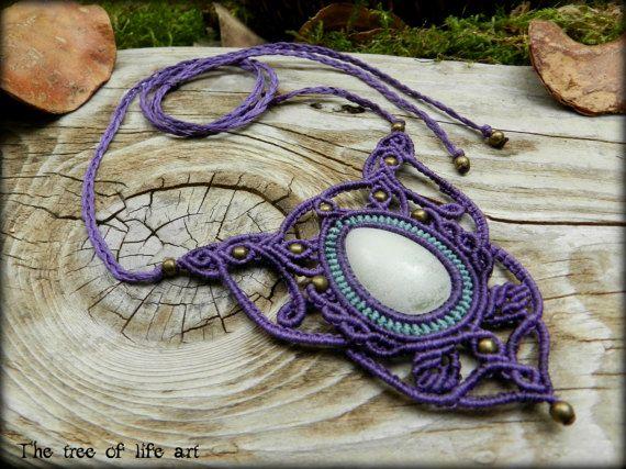 Macrame necklace with glow in the dark cabochon & bronze metal beads/Tribal macrame/Micromacrame/Glow in the dark/Festival jewelry/Fairy