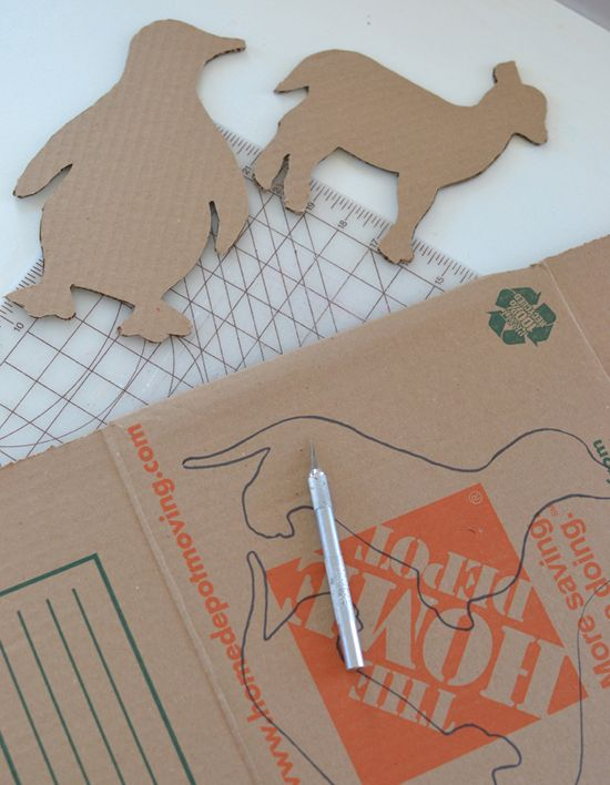 DIY cardboard animals ~ recycled art ~ free templates | @Marianne Tone Silveira Correa - Small for Big