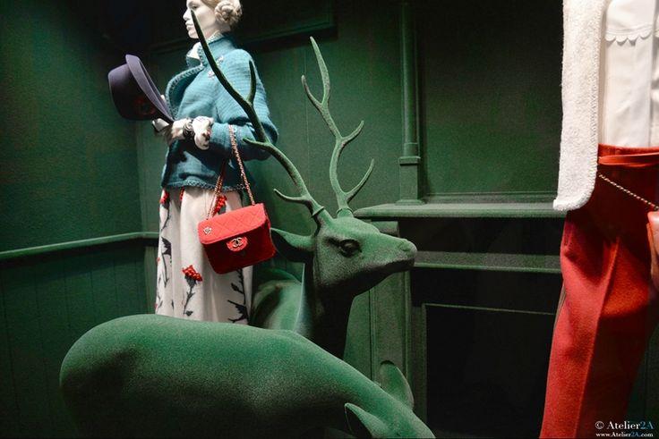 Sculpture biche cerf vitrine CHANEL
