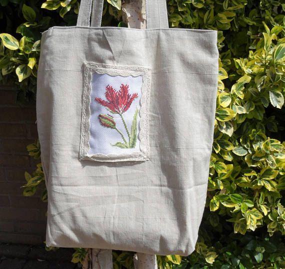 Linnen gevoerde tassen handgemaakt van beige linnen stof met