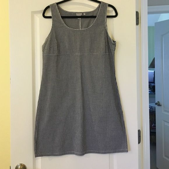 J Crew black and white gingham dress Adorable!!!  Semi stretchy black and white spring dress!  Never worn!  Hits a bit above the knee but can easily be hemmed for a shorter look.  Has an empire waist and cute scalloping around the top. J. Crew Dresses