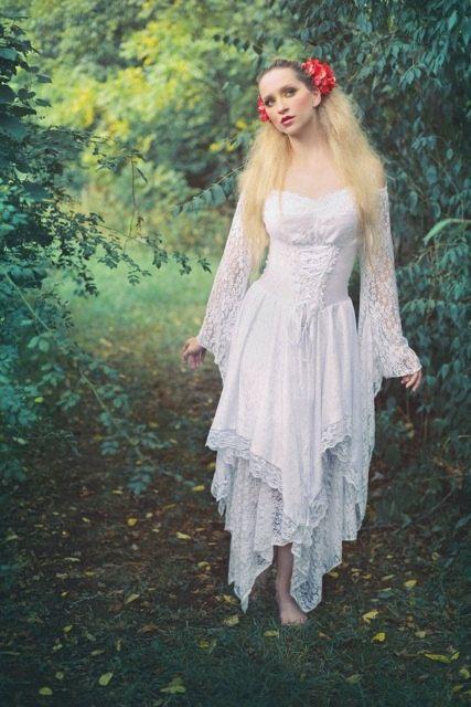 Fairy medieval fantasy shorter wedding dress par for Fairy inspired wedding dresses