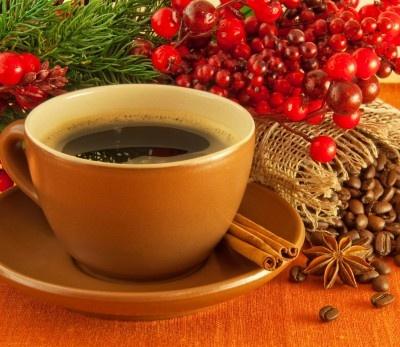 It's time for a coffee with special Christmas flavour! www.fonmoney.ro    Nimic nu e mai plăcut decât o după-masă liniștită de duminică! Afară ninge, prăjitura e la copt în cuptor și pe fundal cântă colindele :-). Între timp să savurăm o ceașcă de cafea cu o aromă specială de Crăciun! ;-)