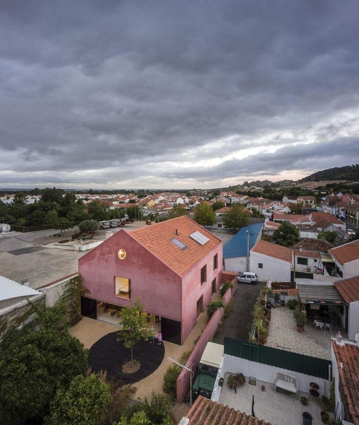 homeworlddesign:     Old Winery Converted into a Comfortable Two-Story Home in Portugal http://ift.tt/2Aiof3H