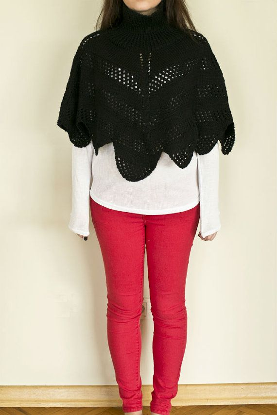 Hand knitted capelet, knitted poncho, women capelet, black knitted capelet,