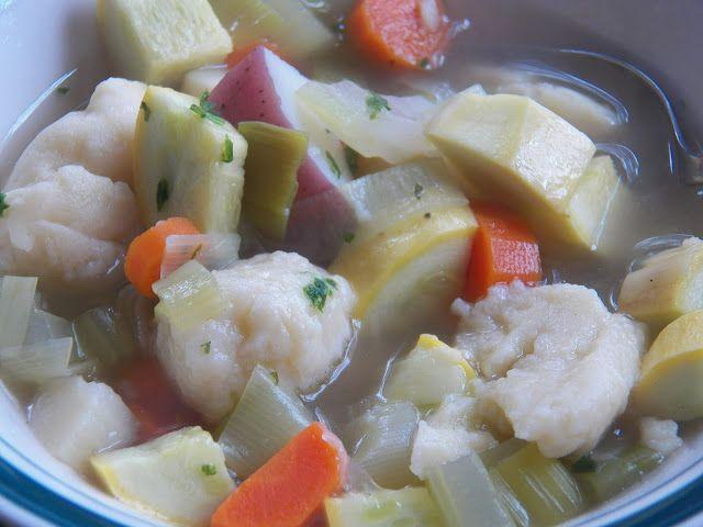 Sid's Sea Palm Cooking: Klassisk klar suppe med melboller og grøntsager  (...