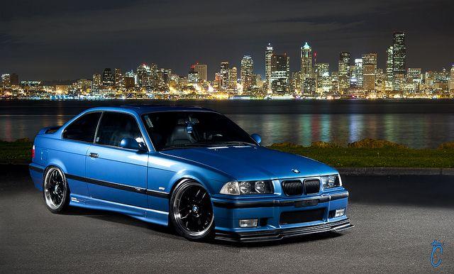 Estoril Blue BMW M3 e36