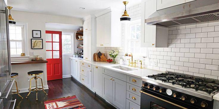 01-cozinha-dos-anos-1960-ganhou-claridade-e-toques-de-cor
