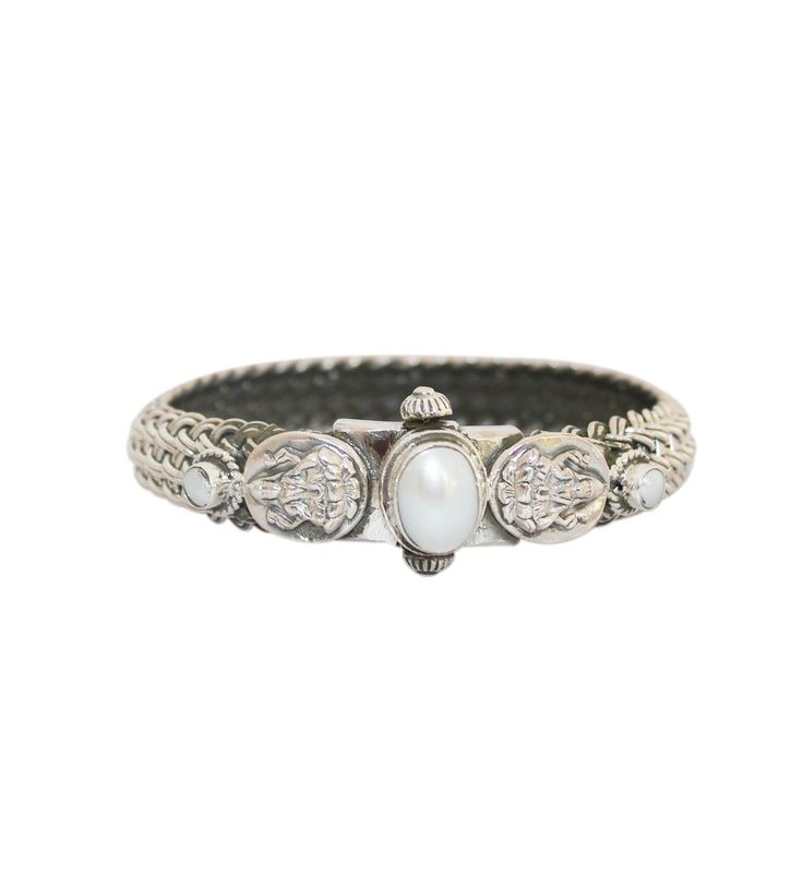 Buy devi Maa Laxmi Silver Bangle With A Very Fine Oxdised Work at rajsi