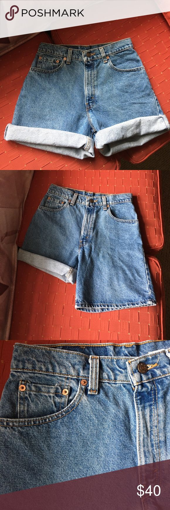 Vintage Levis 550 High Waisted Denim Shorts Excellent like-new condition!! Levi's 550 relaxed fit high waisted Denim shorts. They read as a size 9, but I'll upload measurements later. Amazing condition would keep for myself if they were the right size! Levi's Shorts Jean Shorts