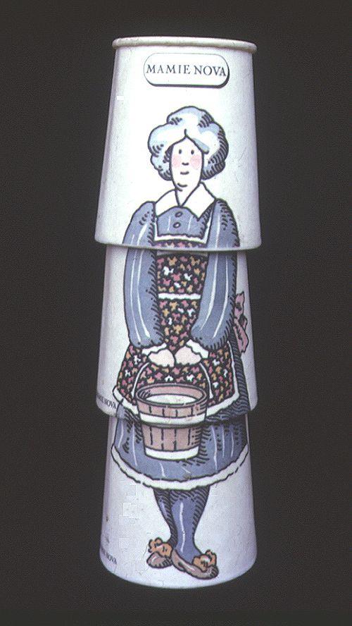 j'adorais ces pots de yaourts que l'on empilait pour faire un personnage !! je me souviens des clowns notamment.