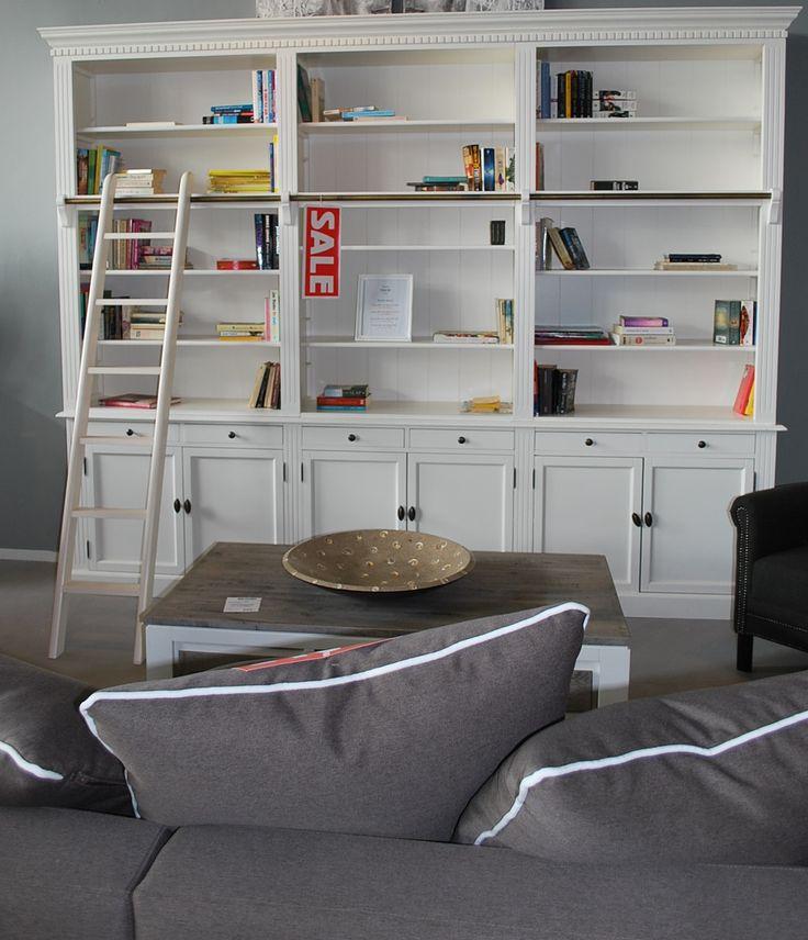 De enige echte bibliotheekkast met ladder. leverbaar in alle kleuren en 4 afmetingen.