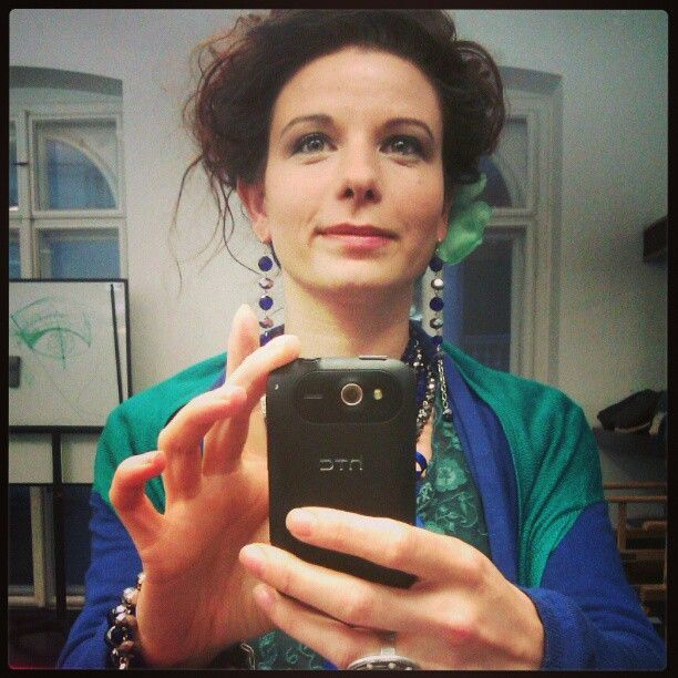 I think this professional make-up made me older than I am:)/Azt gondolom ez a profi smink egy picit öregít...Photo by Németh Hajnal Auróra