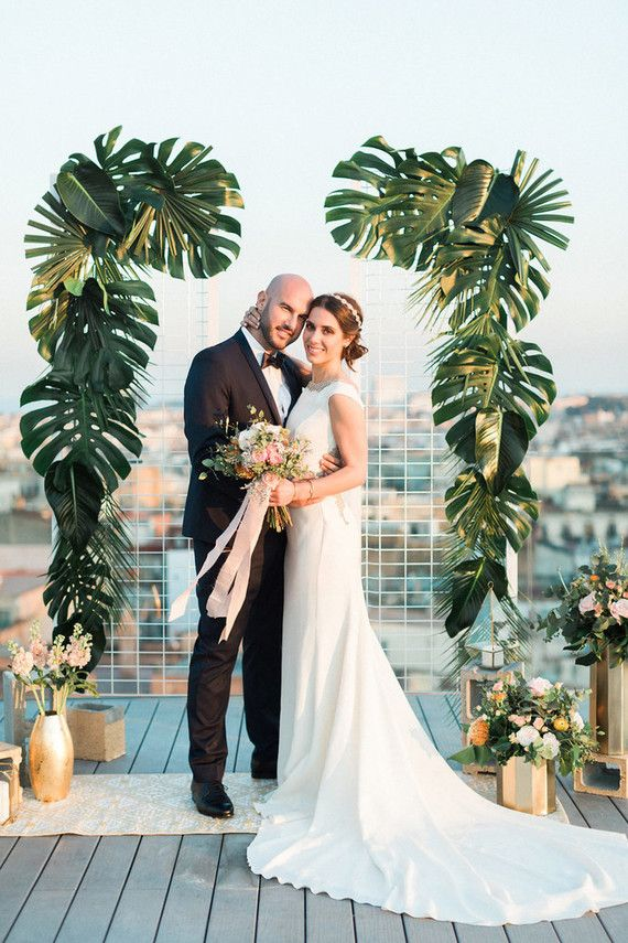 Glam-Tropical Pink Und Gold-Wedding-Shooting  - GlamTropical, GoldWeddingShooting, Pink - Mode Kreativ - http://modekreativ.com/2017/04/26/glam-tropical-pink-und-gold-wedding-shooting.html