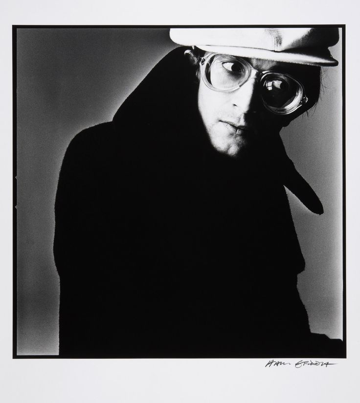 https://artblart.files.wordpress.com/2014/03/hans-gedda-self-portrait-with-cap-1974-web.jpg