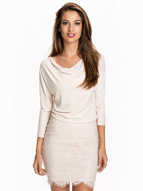 Two In One Ls Lace Dress - Nly One - Roze - Feestjurken - Kleding - Vrouw - Nelly.com