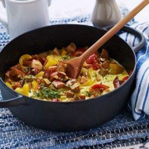 Korvgryta med äpple och curry | Servera med ris