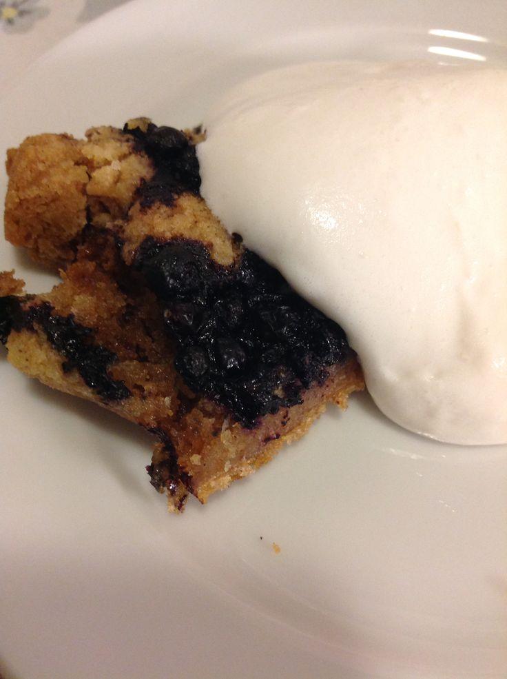 Loftets vegan blueberry cake