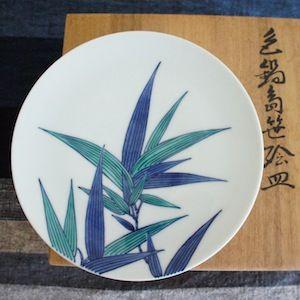 色鍋島笹絵皿. Nabeshima ware